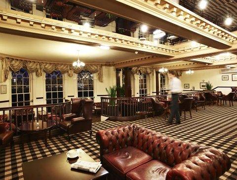 De Vere Hotel University Arms - Parkers Bar