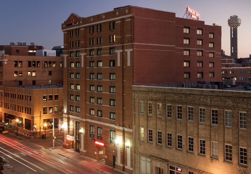 SpringHill Suites Dallas Downtown/West End Ulkonäkymä
