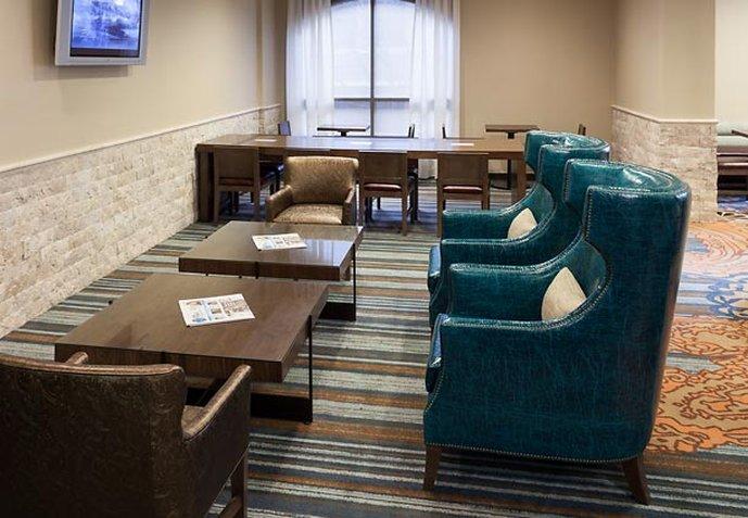 SpringHill Suites Dallas Downtown/West End Baari/lounge