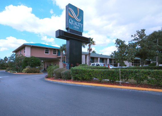 Quality Inn Airport Orlando 外観