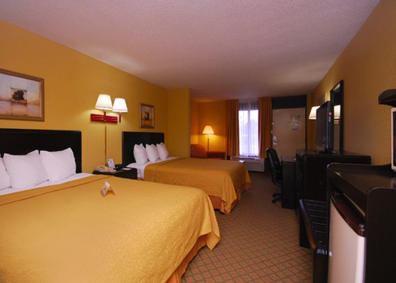 Quality Inn Airport Orlando 客室