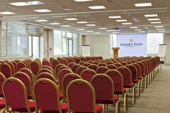 Golden Tulip Lyon Millenaire Konferenciaterem