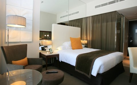 Centro Yas Island Hotel - Classic Room-Queen Bed