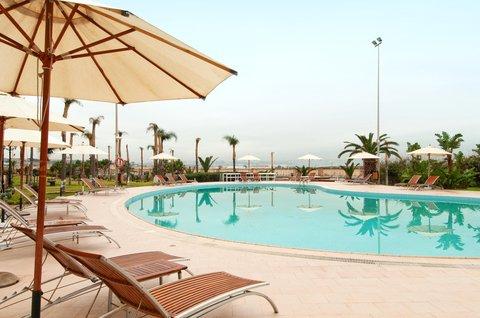 Hilton Alger - Outdoor Pool