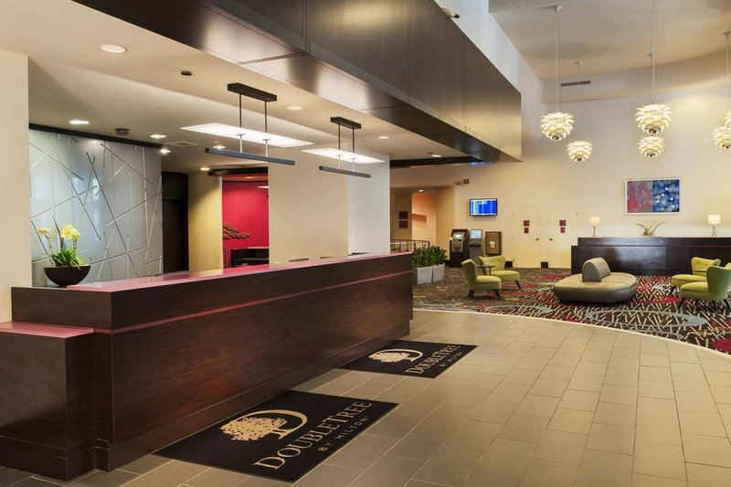 DTREE BY HILTON CHI MAG MILE
