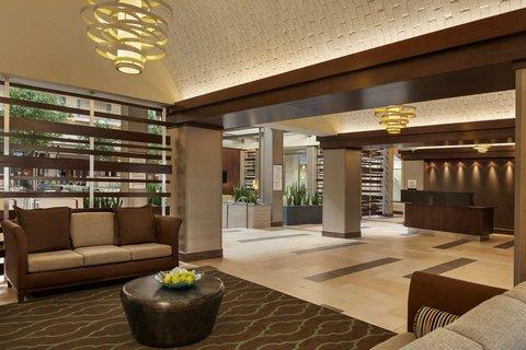 Embassy Suites Market Center Hotel - Hotel Lobby