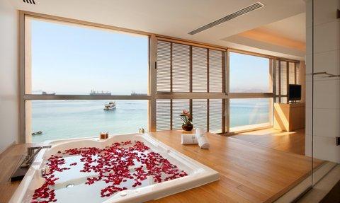 Kempinski Hotel Aqaba - Executive Panoramic Suite Jacuzzi