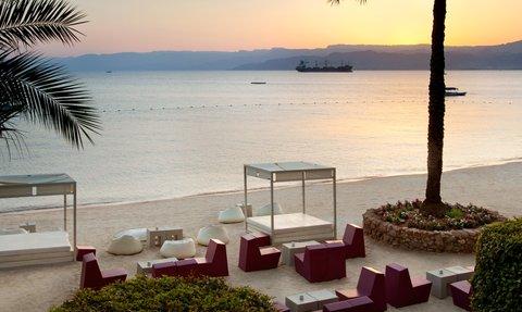 Kempinski Hotel Aqaba - The Black Pearl Beach Lounge