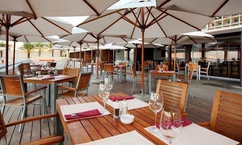 Kempinski Hotel Aqaba - The Walk Restaurant Outdoor Dining Area