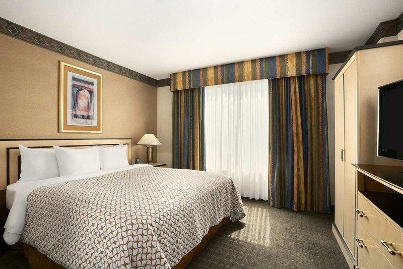 Embassy Suites Convention Center Las Vegas Suite