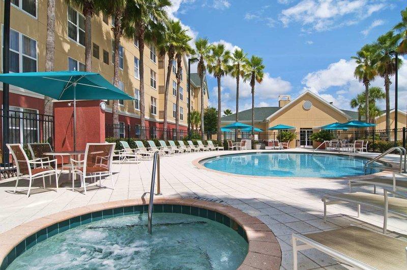 Homewood Suites by Hilton Orlando-UCF Area Bazén