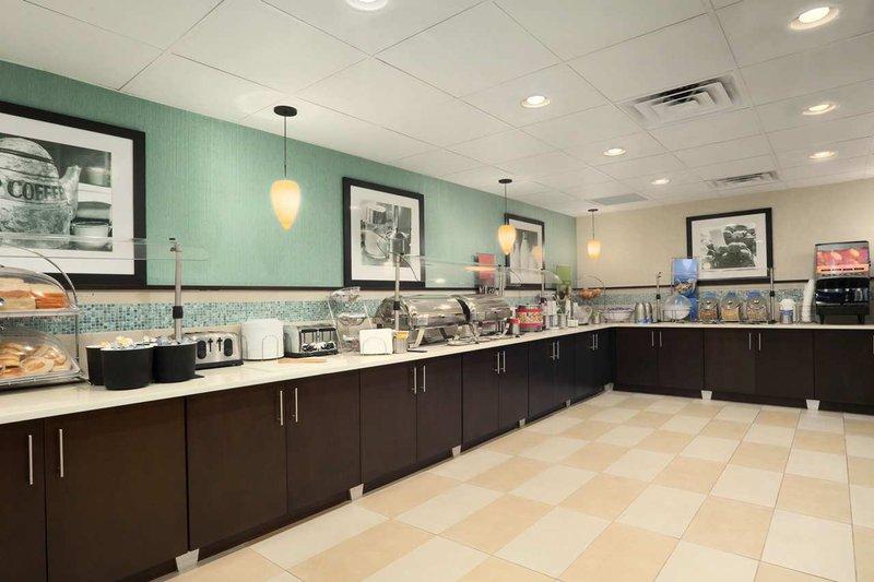 Hampton Inn Orlando-Convention Ctr-Intl Dr Area FL Gastronomi