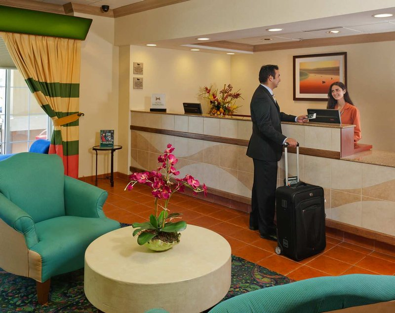 Homewood Suites by Hilton Orlando-Nearest to Univ Studios Lobby