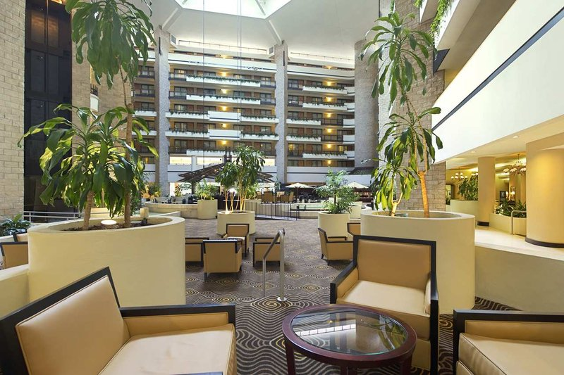 Embassy Suites Orlando - International Drive/Jamaican Court Lobby