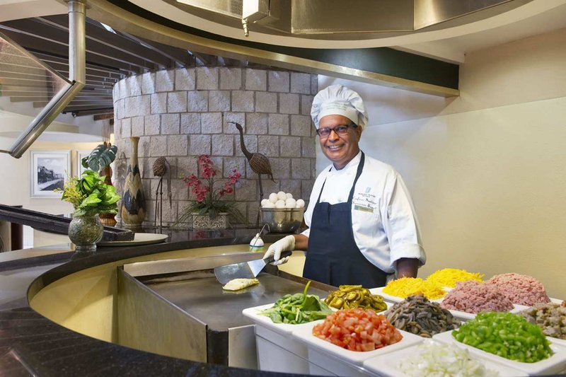Embassy Suites Orlando - International Drive/Jamaican Court Gastronomy