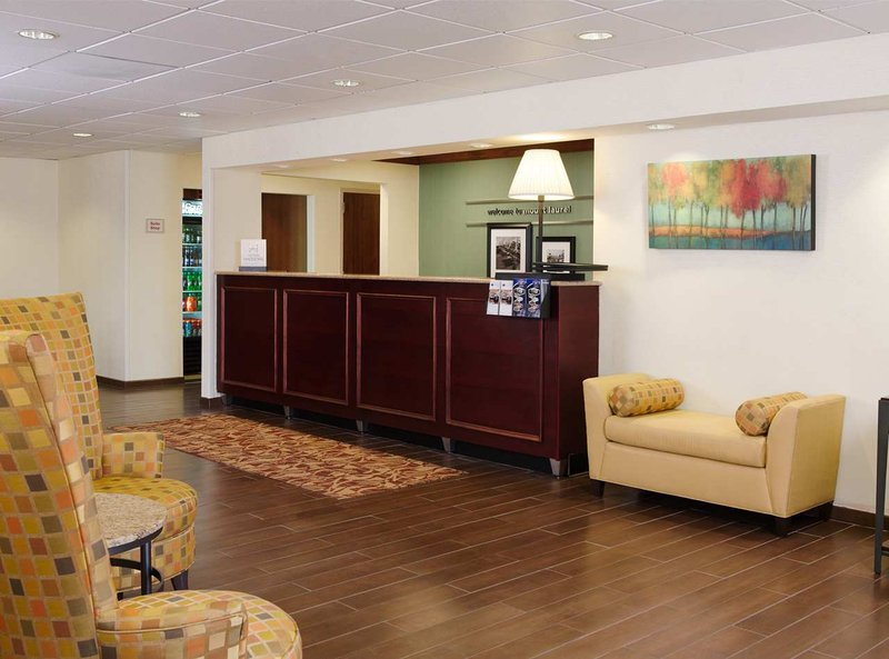 Hampton Inn Philadelphia/MT. Laurel 前厅