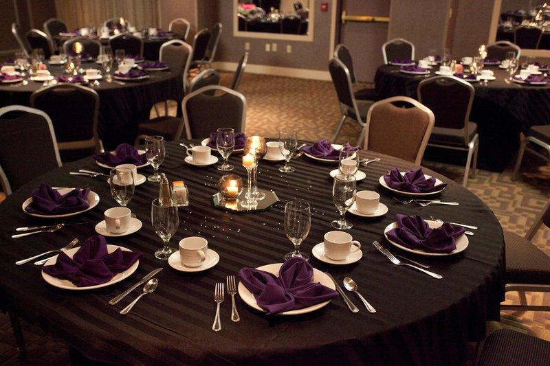 Embassy Suites Louisville Sala convegni