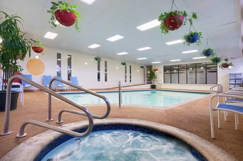 Embassy Suites San Luis Obispo - Relax in our pool or hot tub