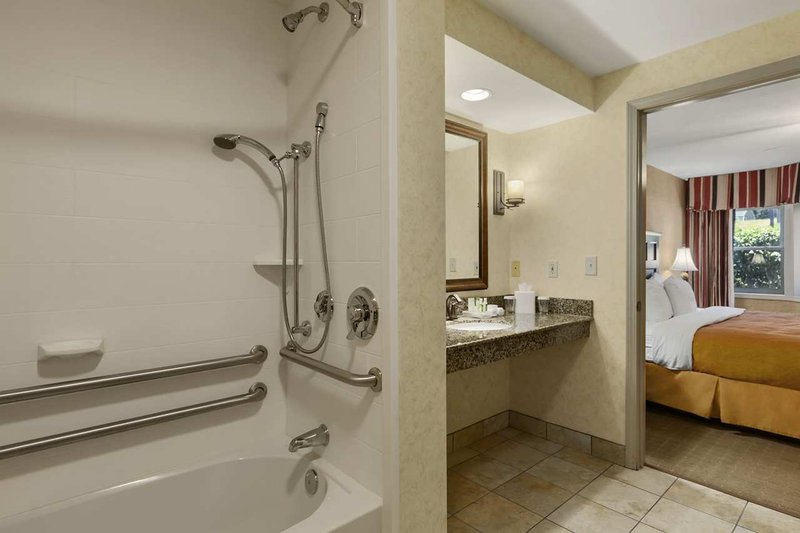 Homewood Suites Syracuse-Liverpool Suite
