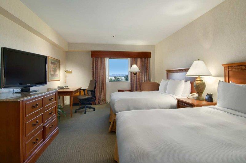 Hilton Tucson East Вид в номере