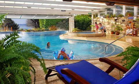 Nido del Condor Resort and Spa - Pool with children