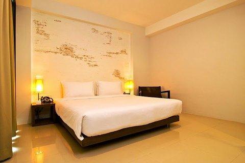 阿尔伯酒店 - Deluxe Rm with a King size bed