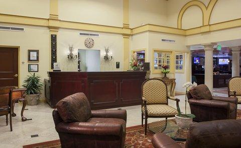 DoubleTree Suites by Hilton Naples - Lobby Front Desk