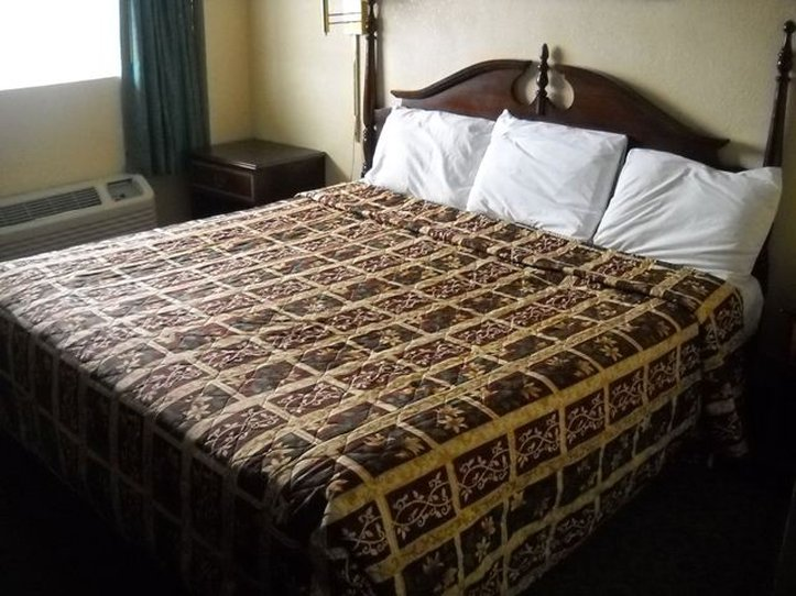 Red Carpet Inn Atlantic City - Atlantic City, NJ