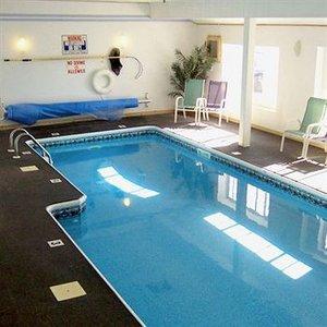 Pool - Baxter Park Inn Millinocket