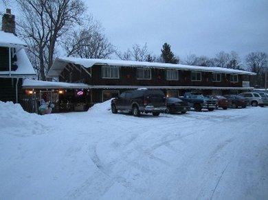 Bayside Motor Lodge - Eagle River, WI