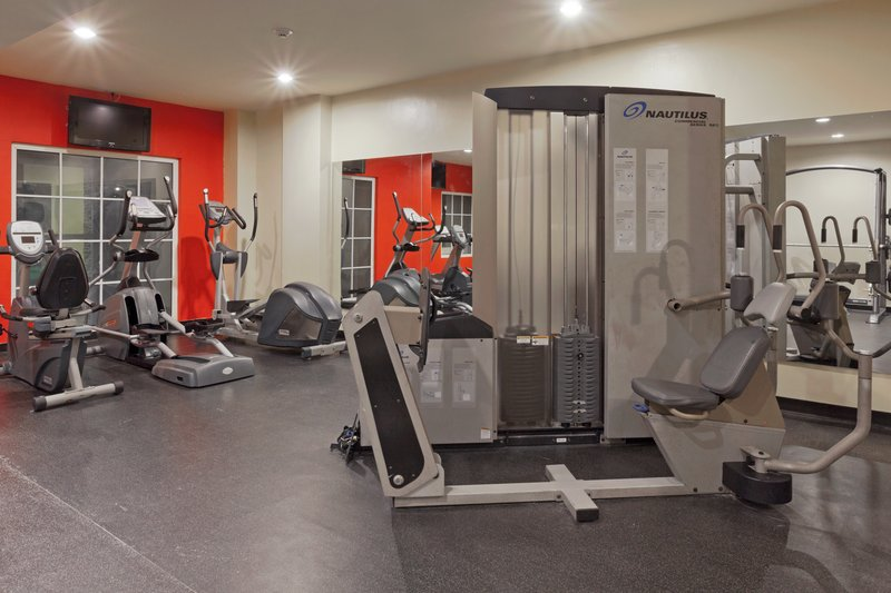 Country Inn & Suites By Carlson Panama Canal Klub Fitness