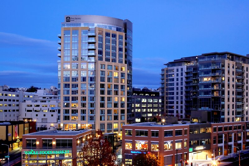 Pan Pacific Seattle 外景