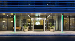 Hotel Entrance to Holiday Inn London Commercial Road