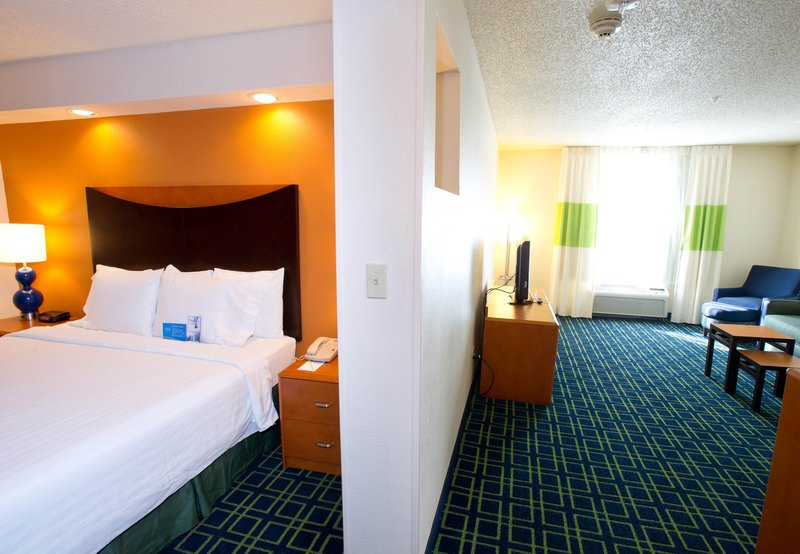 Fairfield Inn by Marriott Irving DFW Airport Szobakilátás