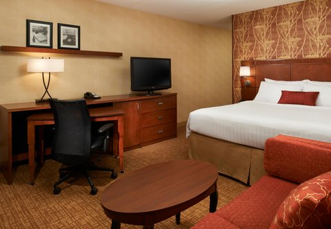 Courtyard By Marriott Chicago Arlington Heights / South Hotel - King Guest Room