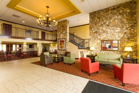 BEST WESTERN PLUS International Speedway Hotel - Lobby