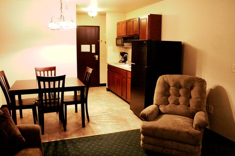 Airport Settle Inn - Extended Stay Business Suite