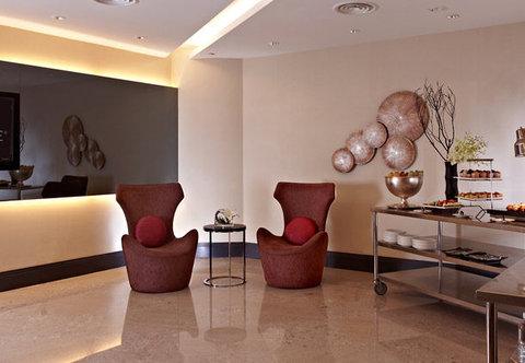 Renaissance Kuala Lumpur Hotel - Pre-Function Space Grand Harpers