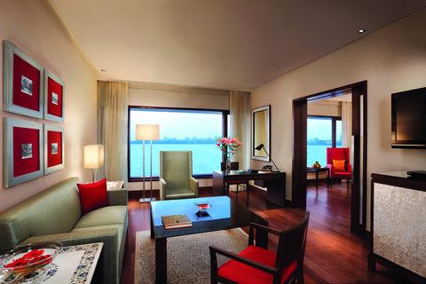 The Oberoi, Mumbai - Oberoi Executive Suite Ocean View Living Room