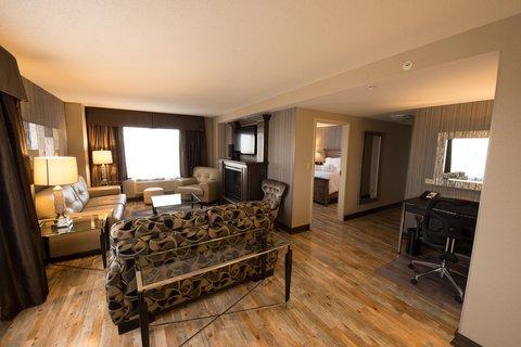 Hampton Inn Sydney Nova Scotia - Suite Living Area
