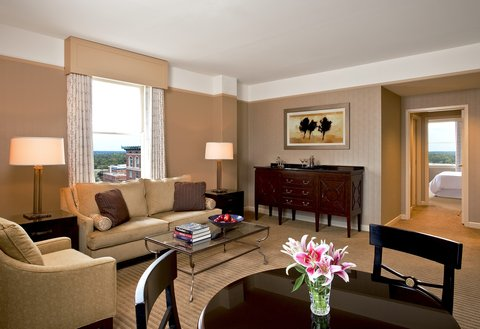 The Westin Poinsett, Greenville - Presidential Guest Room