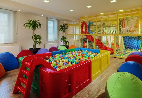 Tsaghkadzor Marriott Hotel - Children s Playroom
