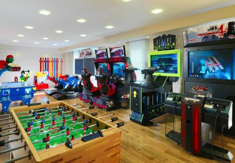 Tsaghkadzor Marriott Hotel - Video Game Room