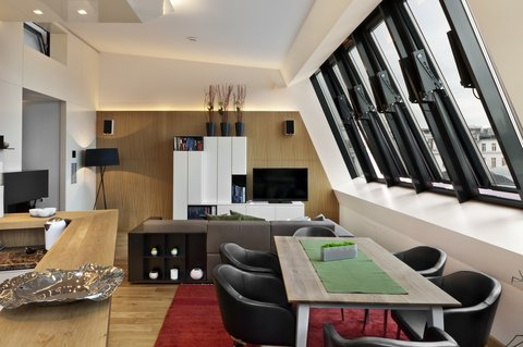 LiViN Wien Parlament - Living Room at LiV iN Residence by Fleming s