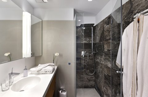 LiViN Wien Parlament - Bathroom at LiV iN Residence by Fleming s