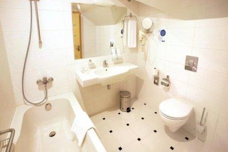 Undersun City Aerohotel - Bath