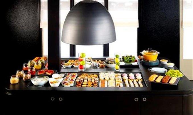 Campanile Plaisir Restaurang