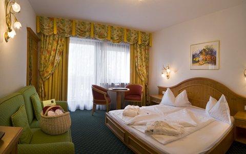 Falkensteinerhof Hotel Vals - Family Room