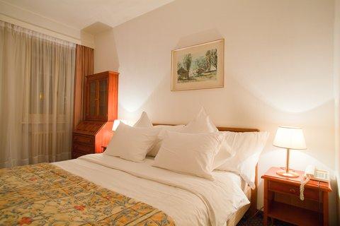 Sagitta Swiss Q Hotel - Guest room