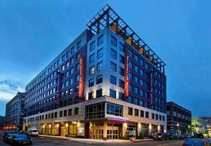 Hotels Near Simmons College Boston